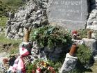 pomnik-ir-28-9924